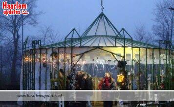 Castle Christmas Fair bij kasteel Assumburg in Heemskerk. Fotografie: Peter Hulscher.