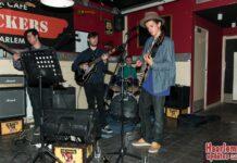 De Haarlemse band Riverbank Revelations tijdens de PopScene On Tour in café Crackers. Fotografie: Hans van Leuven / Madrieco.nl.