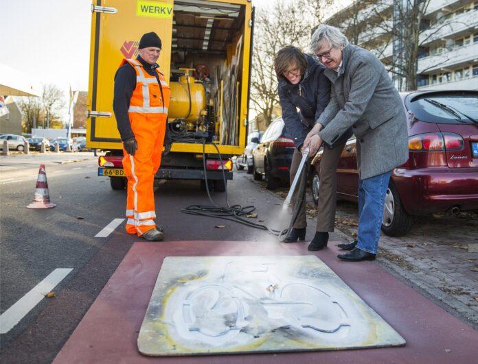 Oplevering fietspaden Amerikaweg en Bernadottelaan. Fotografie: Jurriaan Hoefsmit.