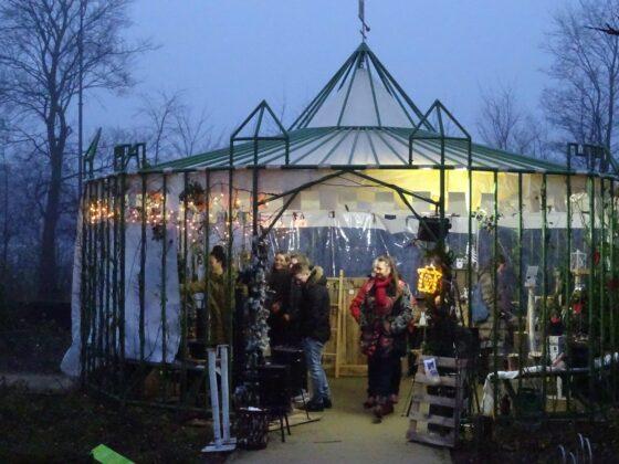 Castle Christmas Fair bij kasteel Assumburg in Heemskerk. Fotografie: Peter Hulscher.