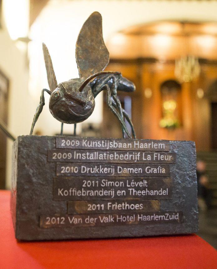 Groene Mug Bokaal 2009-2012. Fotografie: Jurriaan Hoefsmit.