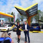 Fastned opent stedelijk snellaadstation in Haarlem