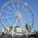 Reuzen-reuzenrad van 55 meter hoog in Zandvoort aan Zee
