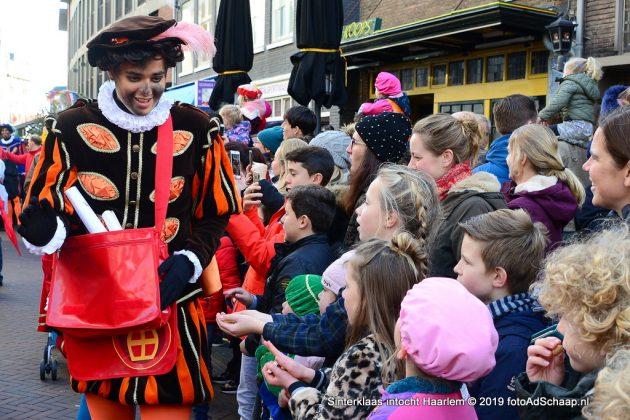 Aankomst Sinterklaas in Haarlem [foto's & video]